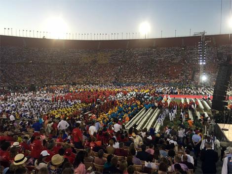 Sverige gör entré vid World Special Olympic Summer Games i Los Angeles. En av de svenska 61 atleterna på plats var Ann-Charlotte Persson från Landskrona.