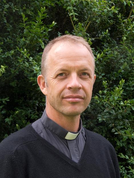 Erik Isaksson är tillbaka som präst i Landskrona församling.