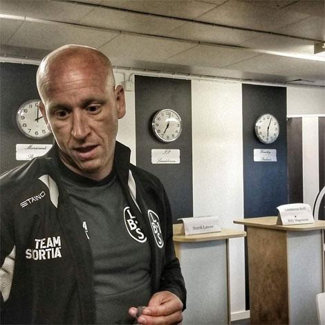 BoIS assisterande tränare Billy Magnusson var besviken efter förlustmatchen mot Oskarshamn.