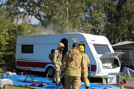 Troligtvis var det i samband med byte av en brännare till en husvagn som tisdagens eldsvåda på campingen i Borstahusen uppstod. Foto: André Tajti, AT-Foto.se