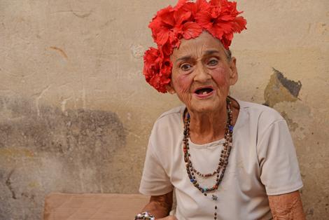 """Frilansfotograf Göran Eklinder visar sin utställning """"Cubanska ögonblick och stämningar"""" på Pumphusets fotovägg fram till slutet av september."""