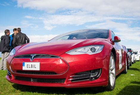 Vem vill inte köra en Tesla?