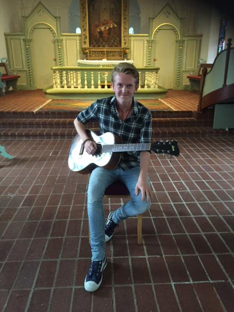 Eric Siggelkow fick under Glumslövsdagen motta Glumslövs musikstipendium, Guldnoten.