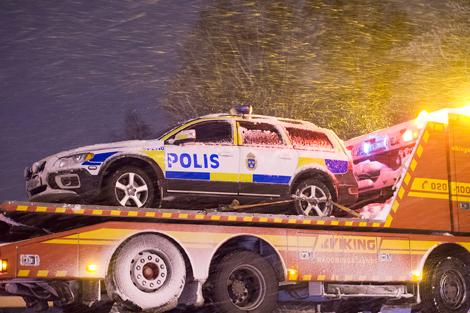Annette Ekblom på polisens trafikenhet hade hört att en polisbil åkt bärgningsbil men vilken anledningen var visste hon inte. Foto: André Tajti, AT-Foto.se