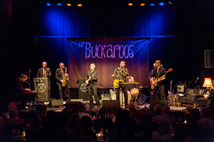 The Buckaroos önskar God Jul