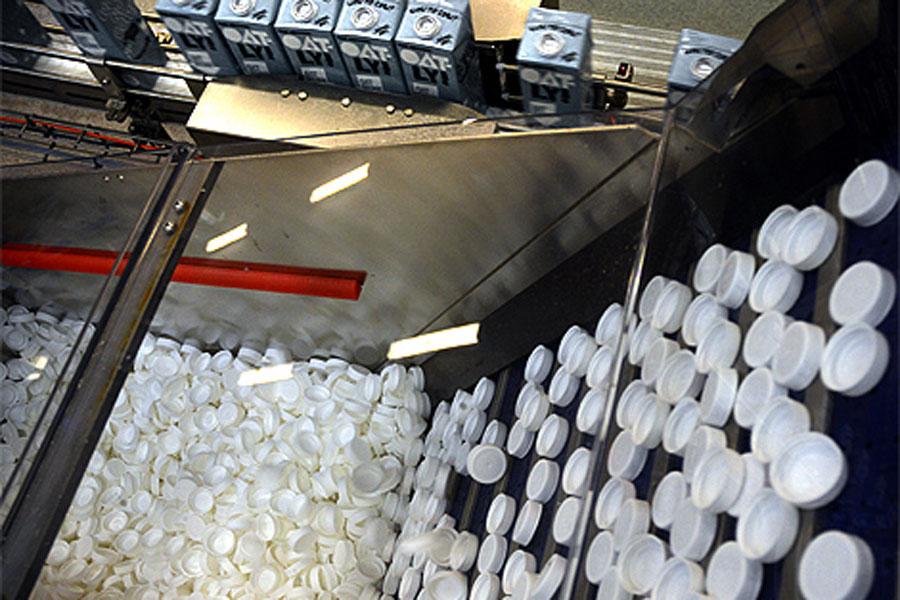 Sedan 2006 har Oatly producerat livsmedel med havre som bas i en högteknologisk anläggning i Landskrona.