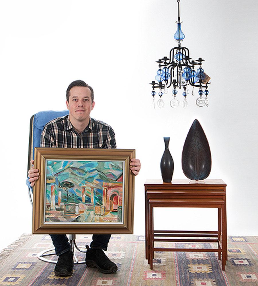 Joakim Karlsson på Skånes auktionsverk ser fram emot stundande nyårsauktion som utöver en större Frimurarsamling bjuder på flera kvalitétsinslag.