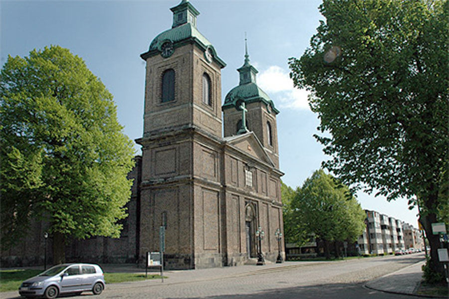 Posk styr kyrkan