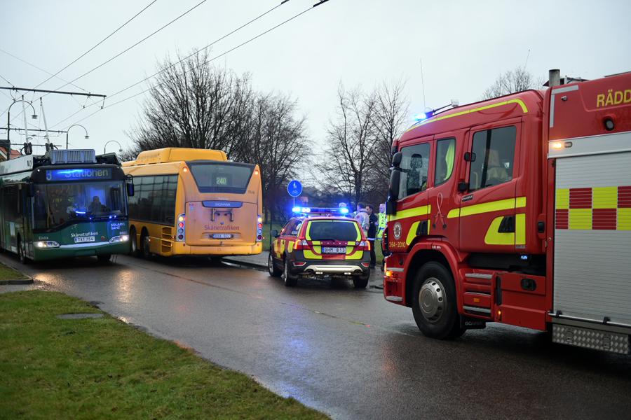 Rullskidåkare och en buss var inblandad i en olycka på onsdagseftermiddagen.