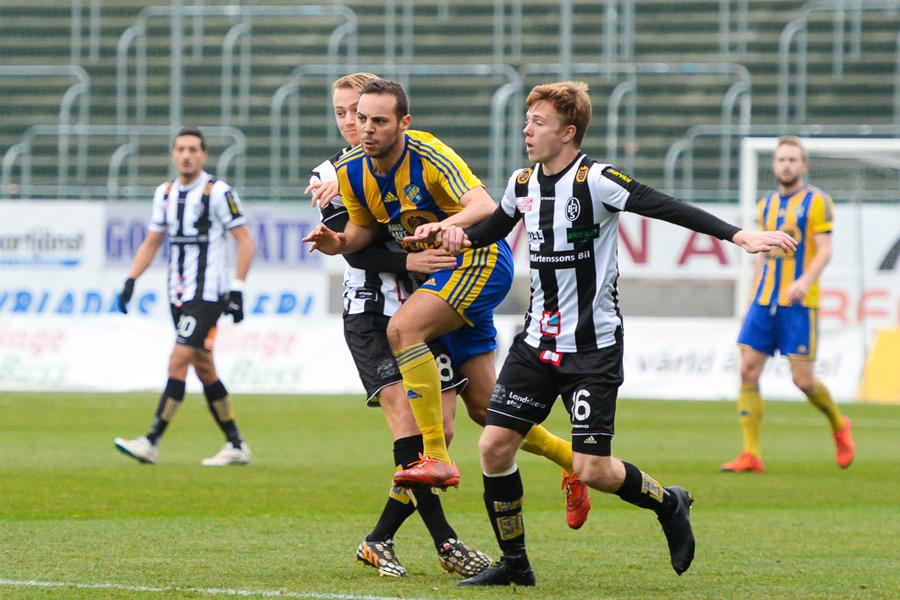 2012 lämnade Alexander Zaim Landskrona BoIS för spel i Norge. Förra säsongen spelade han dock med BoIS konkurrent Eskilsminne. Men i morgon torsdag, är han tillbaka i BoIS för att visa upp vad han går för. Foto: Ulf Bjarke, Foto261.se