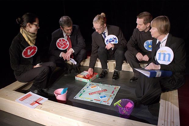 Ett parti Monopol i den politiska sandlådan.