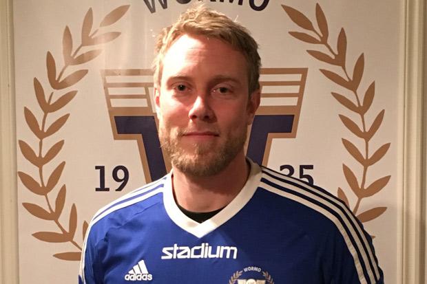 Johnny Lundberg kommer förmodligen att bli den mest meriterade spelaren i division 3 2016 då han kommer att spela för IK Wormo.