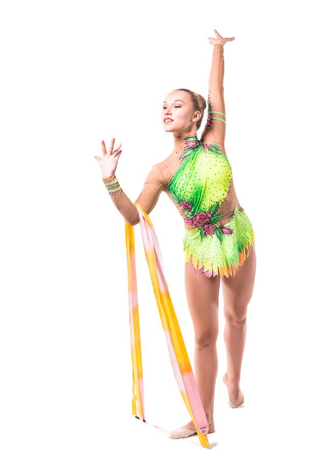 Josefine Olsson dominerar just nu inom svensk rytmisk gymnastik. Sverigeettan visade i helgen på hemmaplan prov på varför hon  innehar positionen.