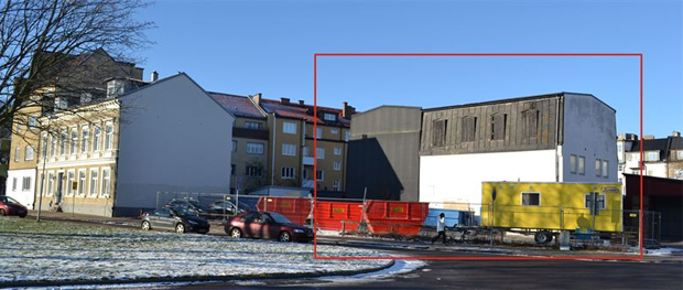 Markerad är den byggnad som nu ska rivas.