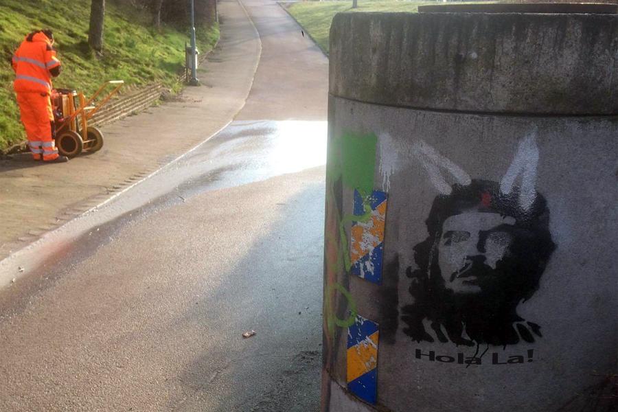 Verk av Banksy vandaliserat