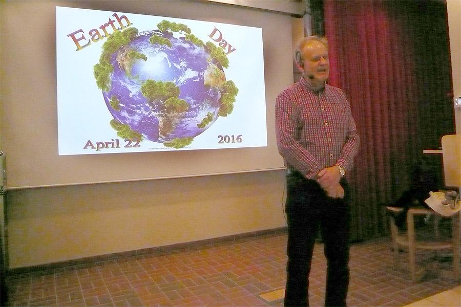 Erik Vestergaard från Dow Chemicals berättade hur företaget jobbar med hållbarhetsfrågor.