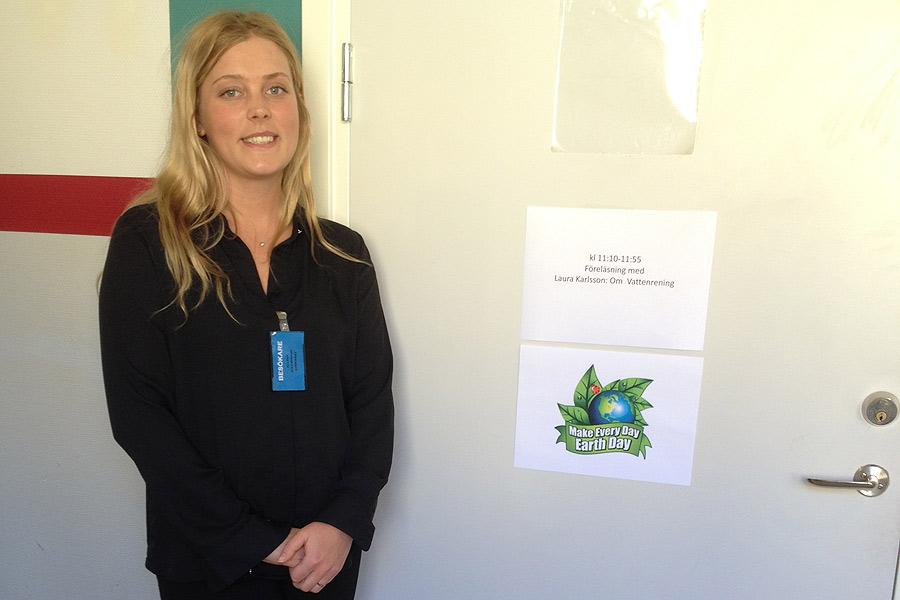 Laura Karlsson från NSVA berättade om hur rening av avloppsvatten går till.