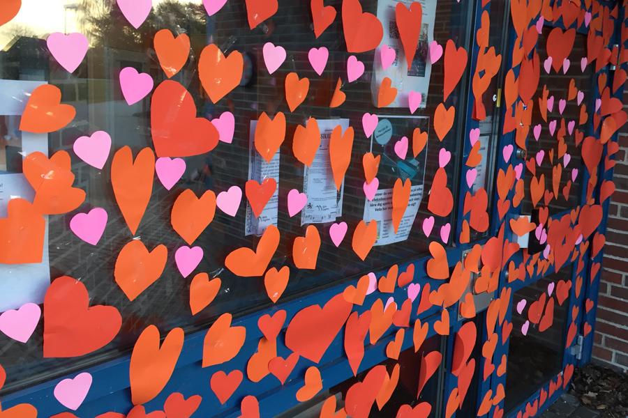 Sandåkerskolan kärleksbombades