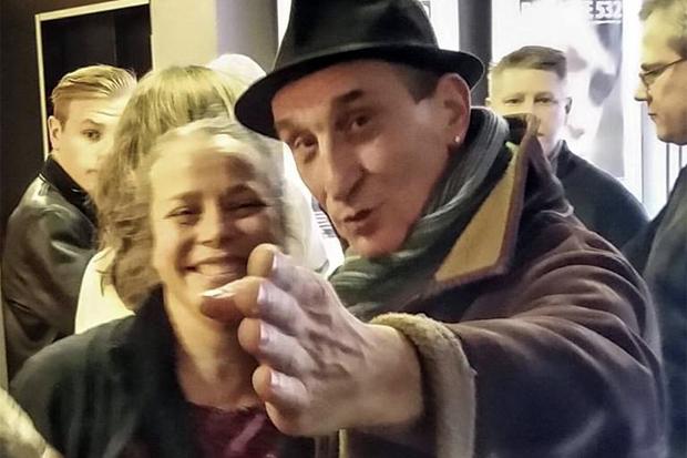 """China Åhlander och Milan Dragišić vid smygpremiären för """"Min faster i Sarajevo"""" Nu hoppas producenten kunna förlägga en galapremiär till Landskrona under sommaren."""
