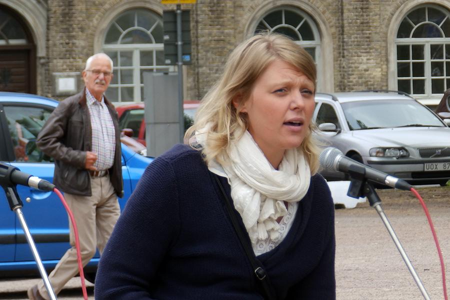 Emelie Johansson var en av talarna vid torgmötet.