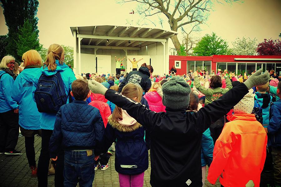 Visst var barnen med på noterna. Foto: Natalie Hultgren.