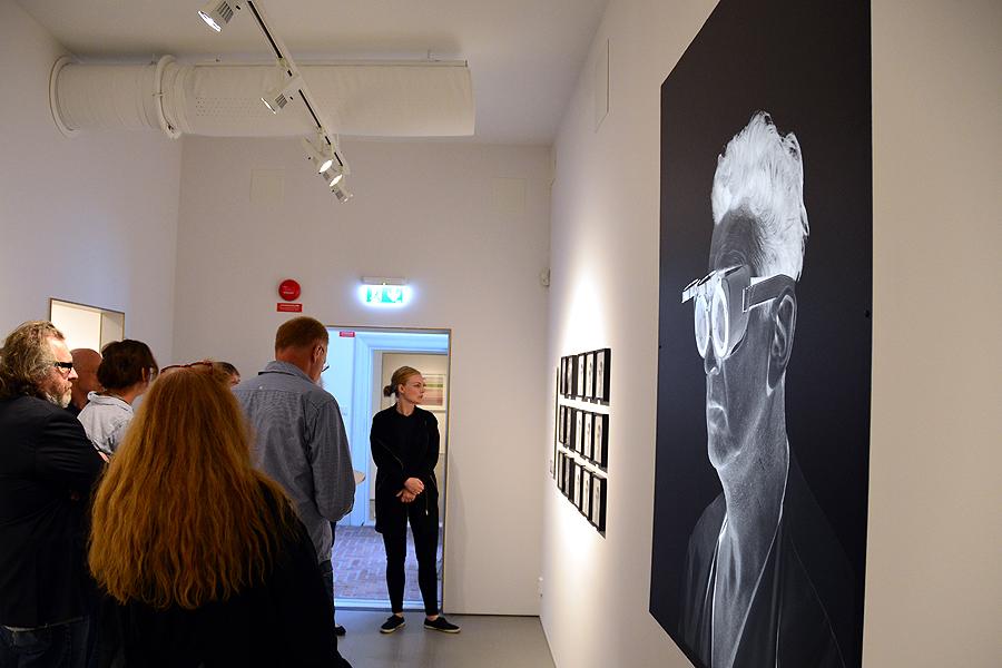 12 nya rum har skapats på museet. Fönsterna har täckts över med bilder av en man i skyddsglasögon som hämtats ur en svit med bilder om tunnelbanebygget i Stockholm.