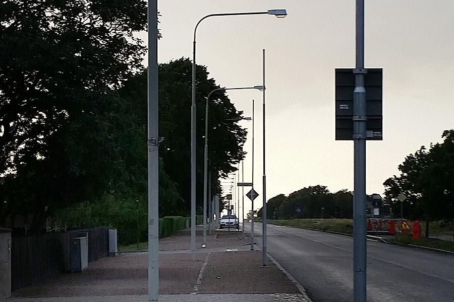 Plockepinnet av lyktstolpar på Strandvägen ska snart vara ett minne blott, lovar Bo Lundgren.