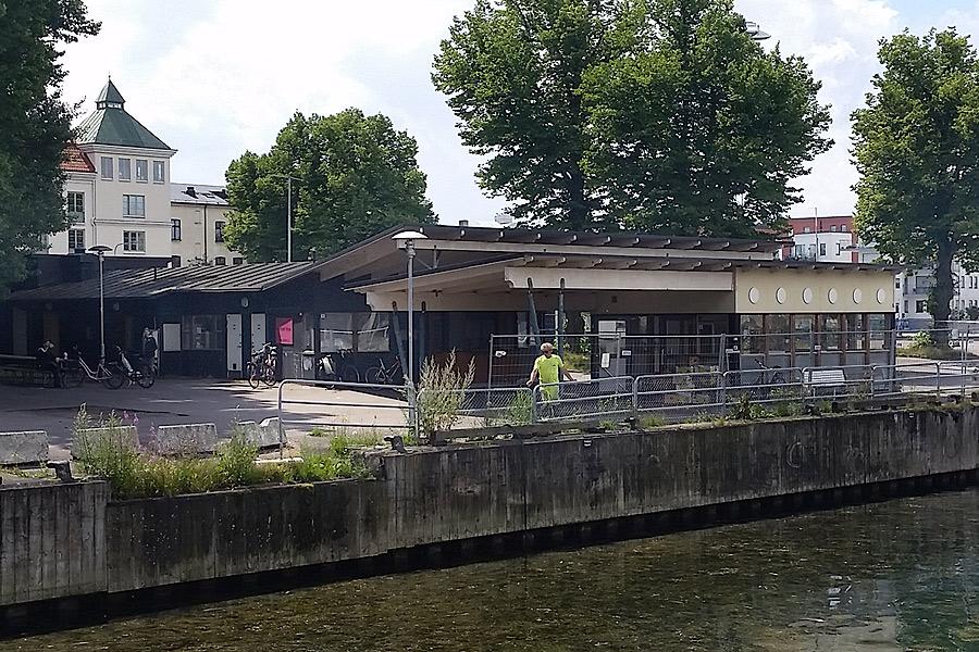 Malvan får stanna på Jönsaplan till september