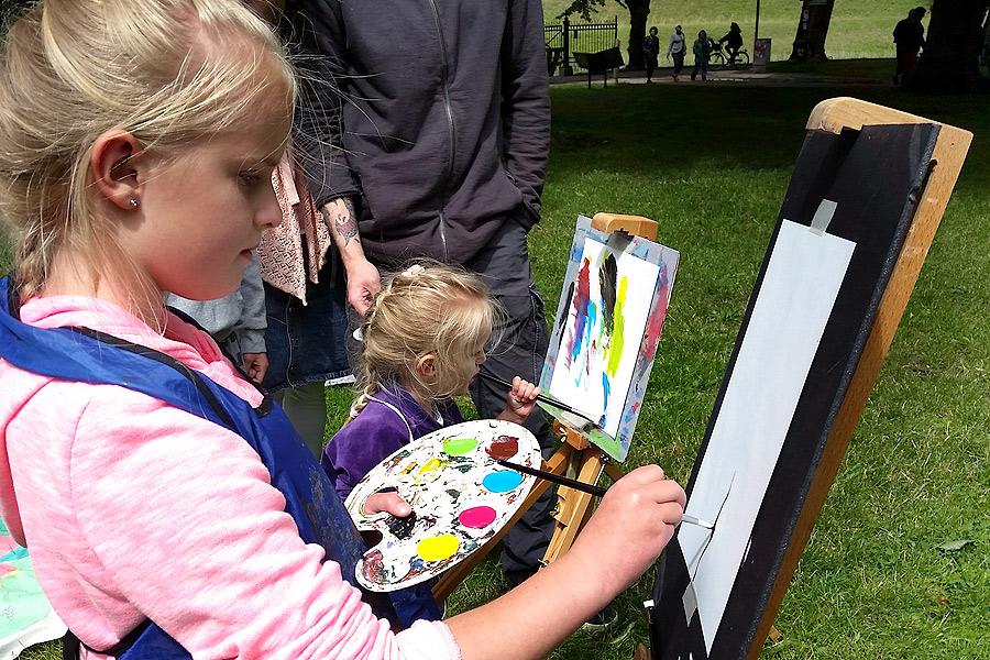Mysigt måleri i Slottsparken