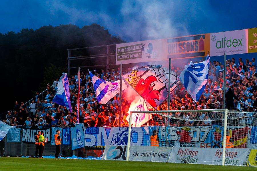 MFF-klacken gav inte upp trots att de låg under praktiskt taget hela matchen. Foto: Ulf Bjarke, Foto261.se