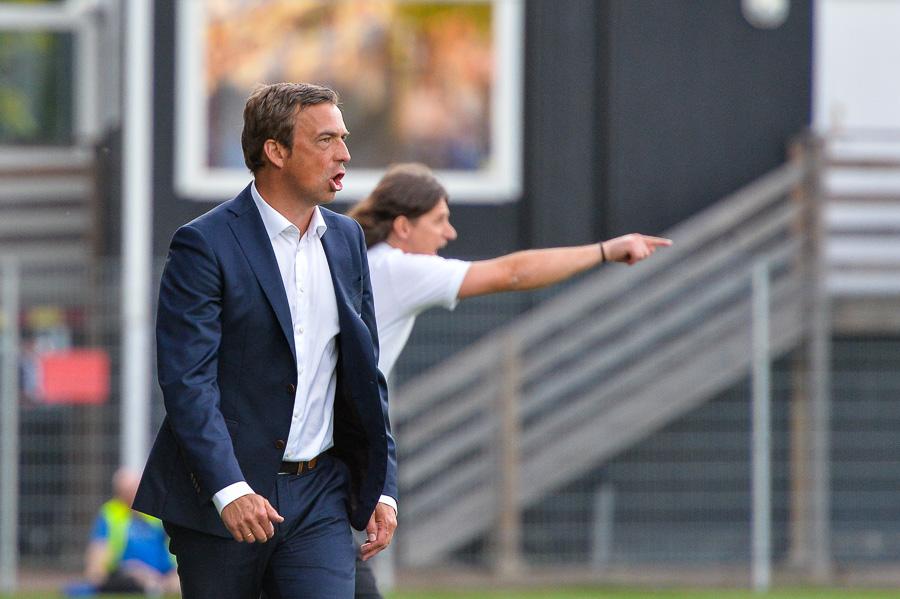 Såväl Agim Sopi som Allan Kuhn är väldigt aktiva tränare. Foto: Ulf Bjarke, Foto261.se