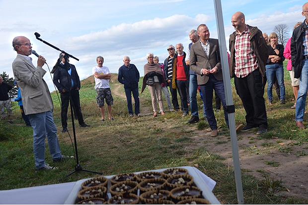 Det bjöds på tal av bland andra Lennart Pettersson och därefter på fairtradefika. Foto: Thorsten Karlén,
