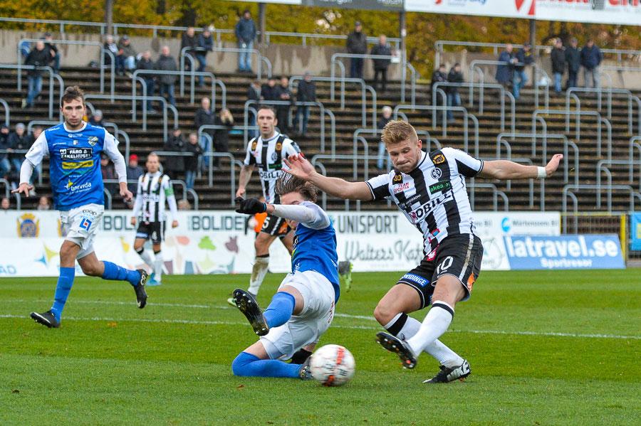 Erik Pärsson gjorde ett gott jobb mot Oddevold, såväl offensivt som defensivt. Foto: Ulf Bjarke, Foto261.se