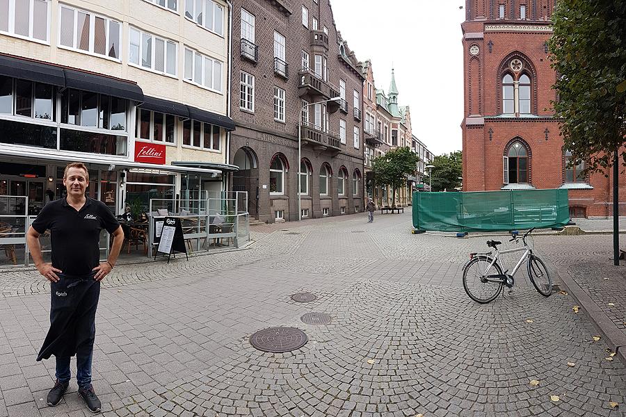 Något av en framtida gyllene triangel i Landskronas nöjes- och restaurangliv skapas vid Rådhustorgets sydöstra hörn där Patrik Holmberg driver Fellini och där Harrys och Yazhou ligger i startgroparna för att etablera sig.
