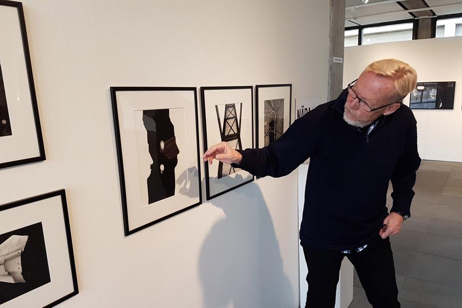 Thor-Björn Johansson berättar med inlevelse om ett abstrakt fotografi som såväl Jens Jentin Lindberg som Landskrona Direkts utsände fick till profilen av Alfred Hitchcock.