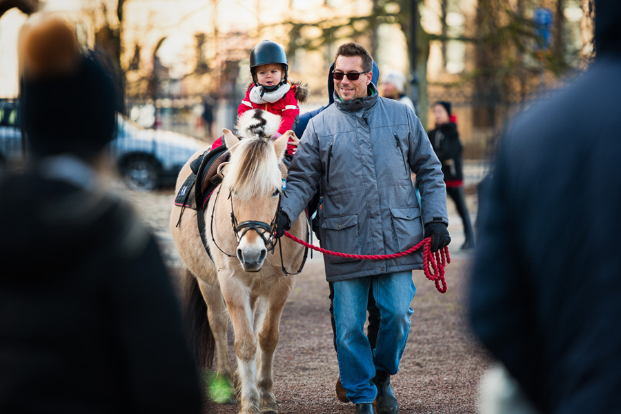 Landskrona Ridklubb var under lördagen på plats med ponnyridning. Foto: Niklas Lydeen.