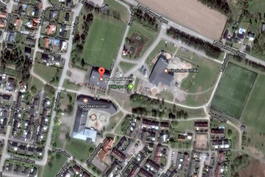 Nu har klartecken för en upprustning av idrotthallen i Häljarp och en ny förskola klubbats i kommunstyrelsen.