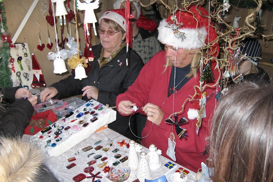 Mysig julmarknad på Plorren