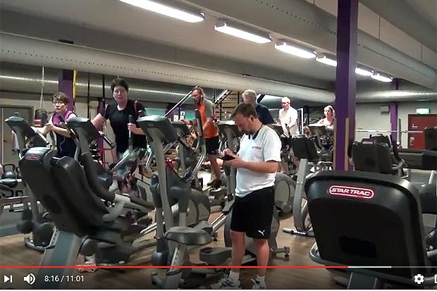 Sven tar pulsen på gymmet