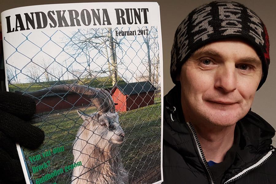 Suad Coric visar upp årets första nummer av Landskrona Runt