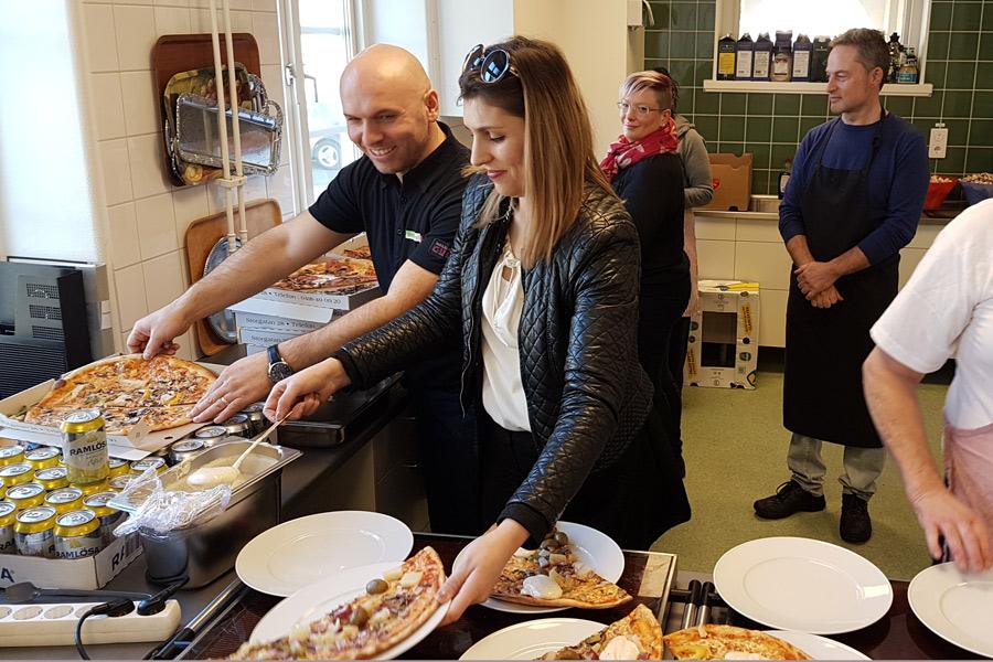 Artan Bajraktari och hans fru Feride tycker om att hjälpa de som bor i Landskrona och har det tufft.
