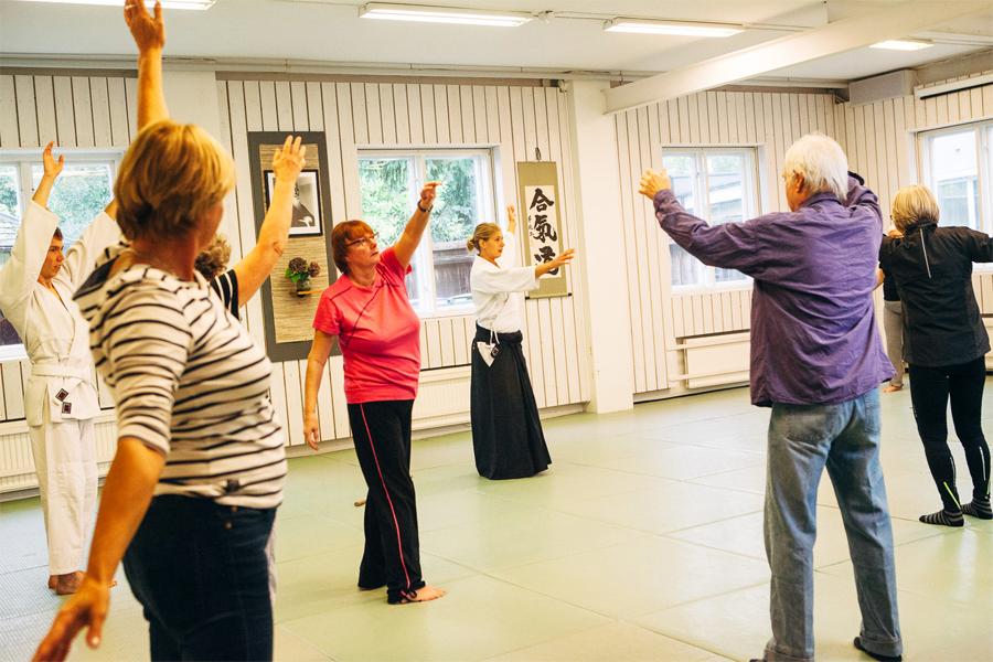 Det dribblas med de äldres aktivitetsstöd