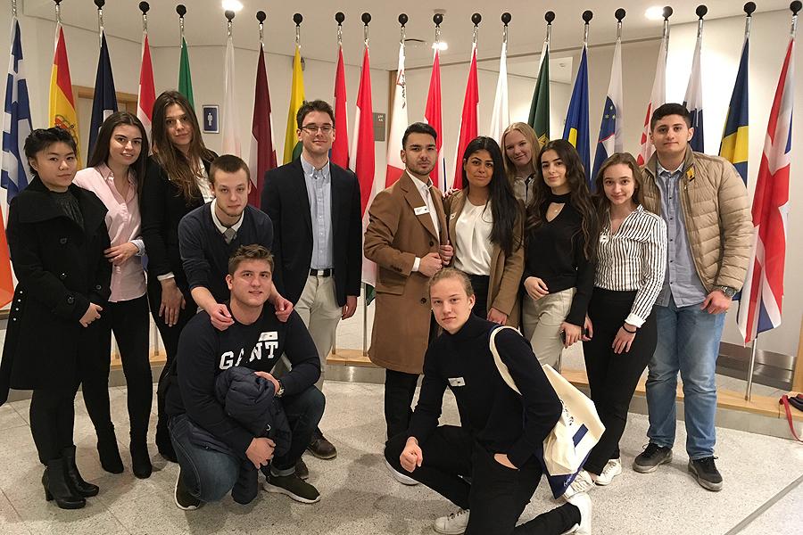 Gymnasister besökte Bryssel