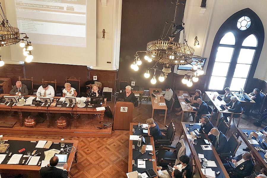 Tjänstebil hett ämne på kommunfullmäktigemöte