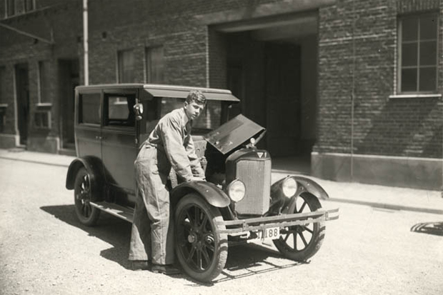 Bilar och andra transportmedel
