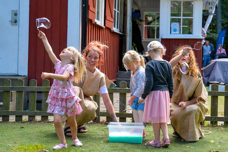 Sandtroll firade 10-år med soligt kalas