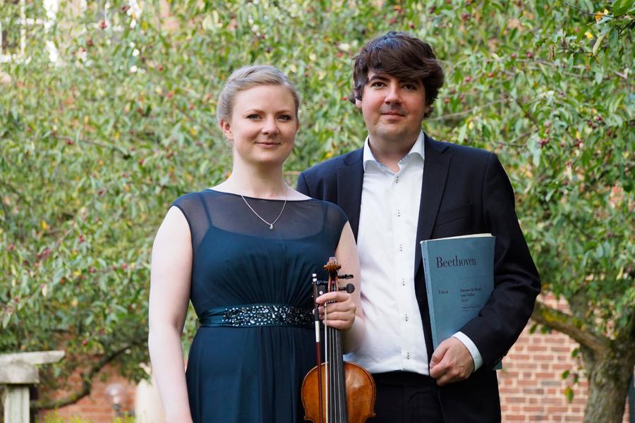 Duo Carr Quennerstedt ger konsert i Landskrona