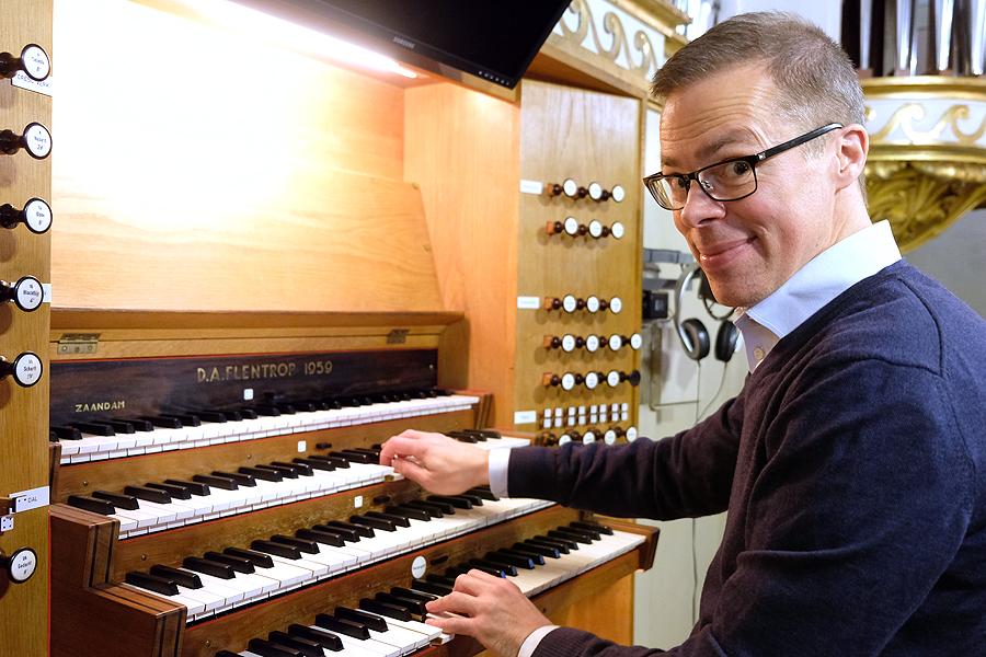 Ny organist räds inte utmaningar