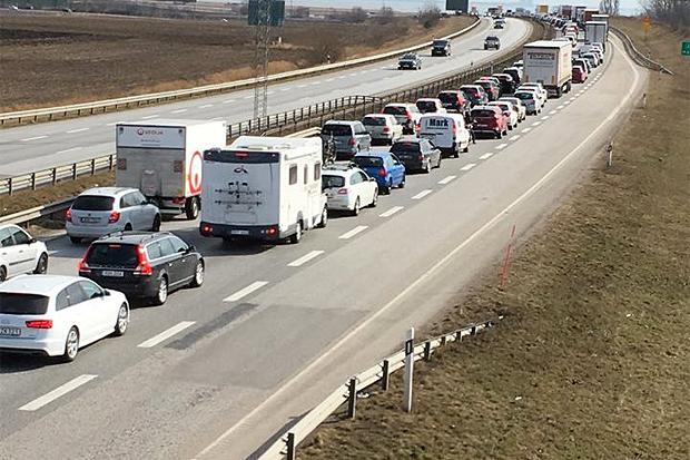 – Åtgärda trafiksituationen på E6