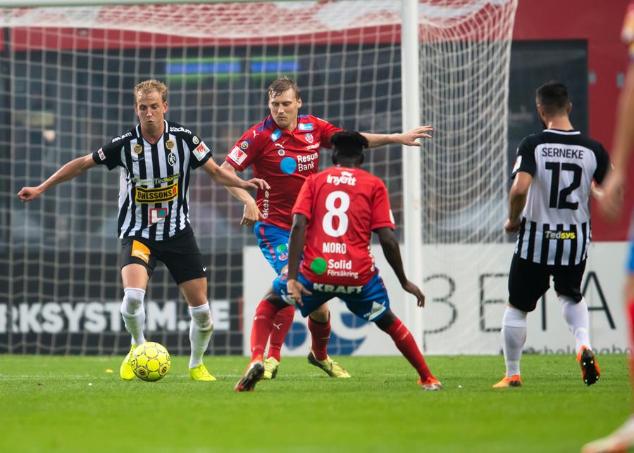 Viktor Svensson lämnar BoIS